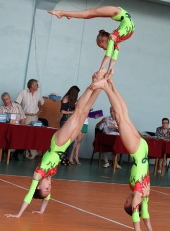 Прически на выступление по акробатике